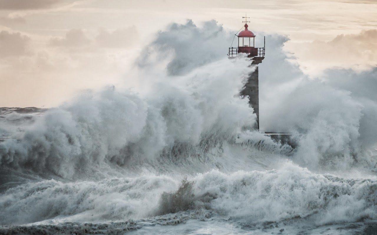 Farol na tempestade